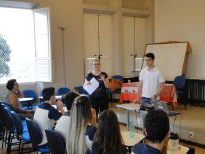 Realização de oficina no Colégio Santa Maria Nova Suiça nov 2015